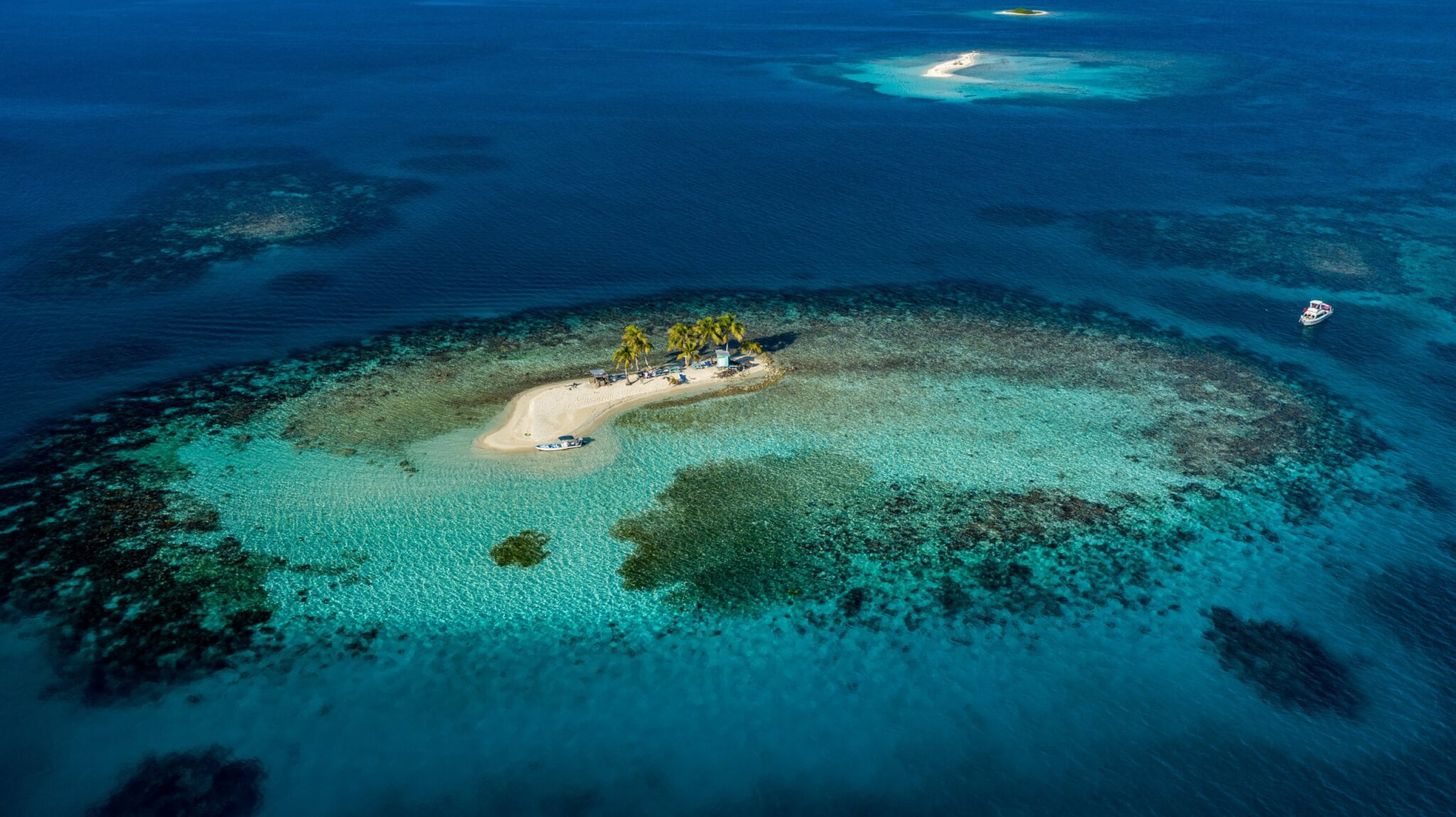 Silk Cayes Diving