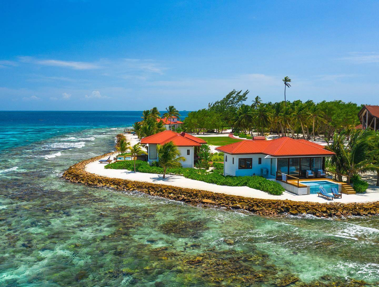 The Best Private Island Resort in Belize To Escape To This Fall/Autumn 2021
